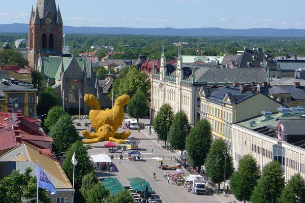 Big Yellow Bunny 2