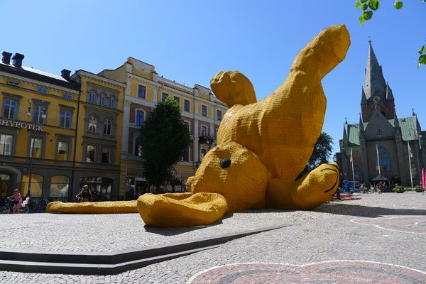 Big Yellow Bunny