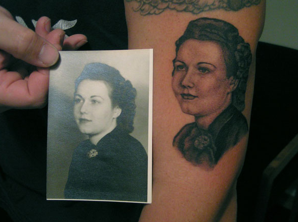mom-tattoo-portrait