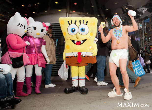 man-bunny-slippers-times-square-2