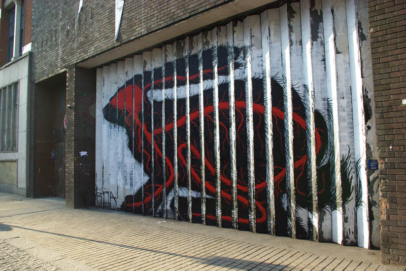lenticular-bunny-rabbit-street-art-by-roa-london-2009-3