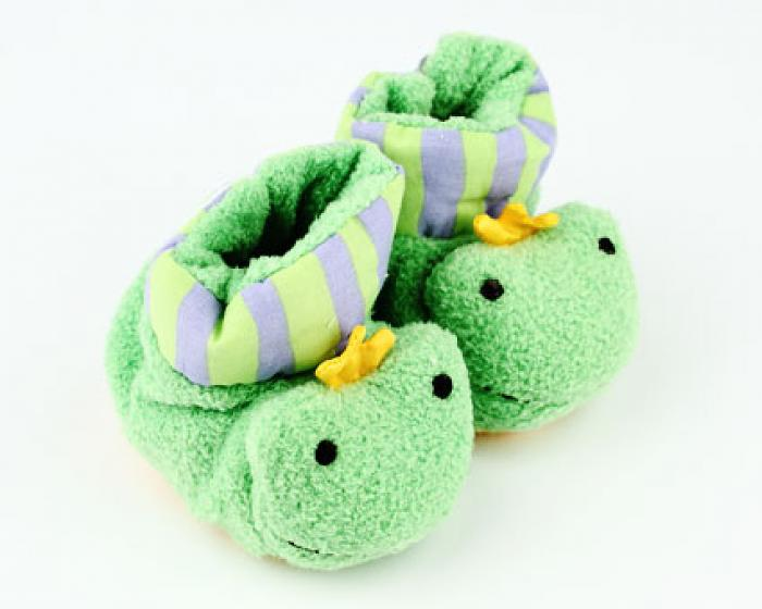 Frog Baby Booties 1