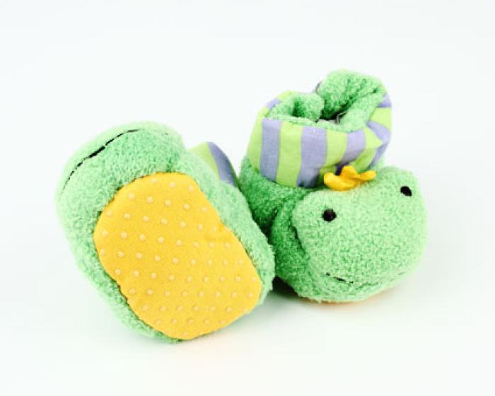 Frog Baby Booties 3