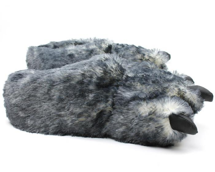Wolf Paws 2