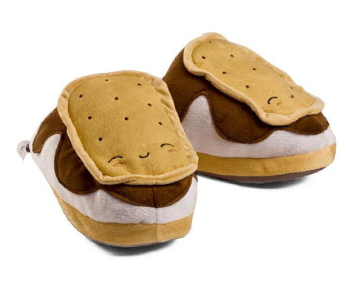 f05cb180cf4d Heated Smores USB Slippers 1 ...