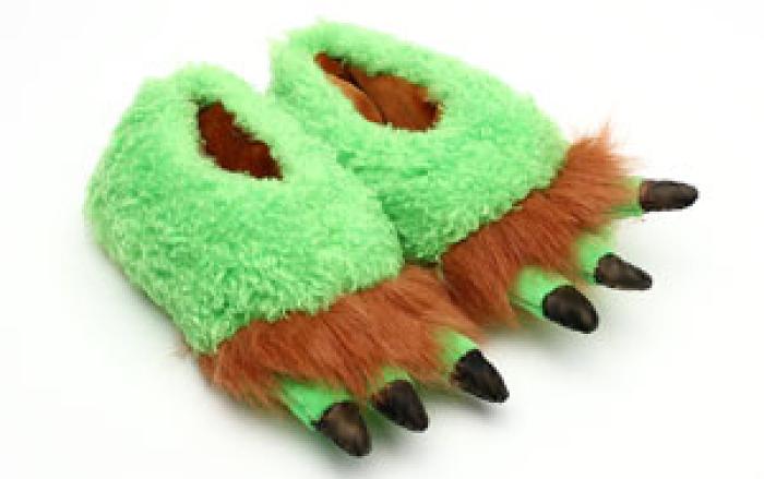 Toddler's Green Monster Feet Slippers 1