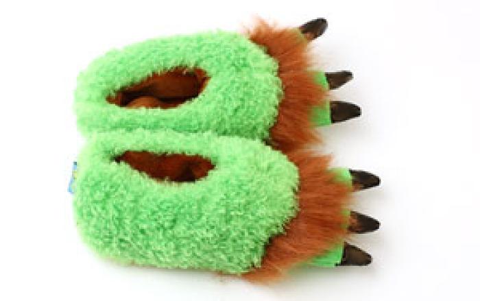 Toddler's Green Monster Feet Slippers 4
