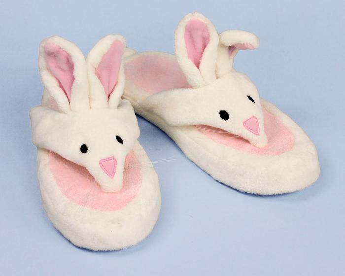 Bunny Spa Sandal 3/4 View