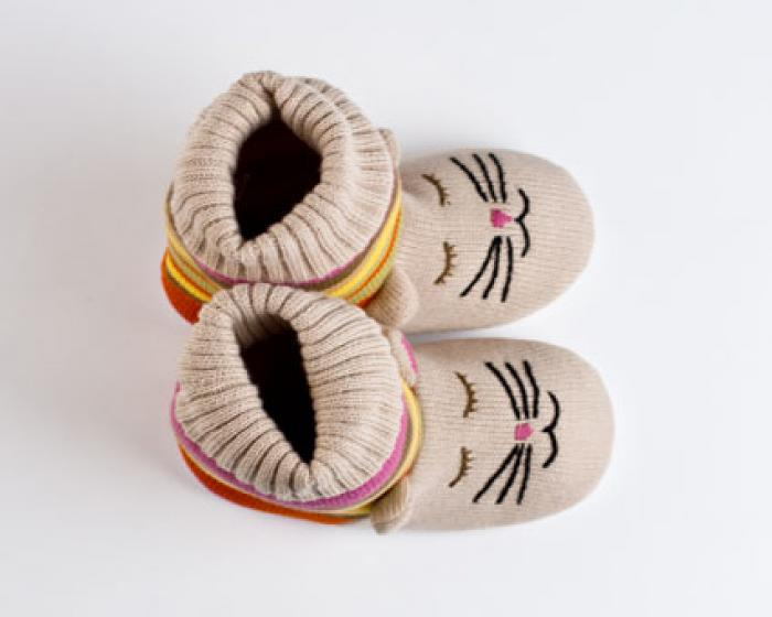 Knitted Sock Cat Slippers 4