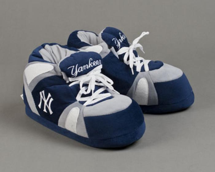 New York Yankees Slippers 1