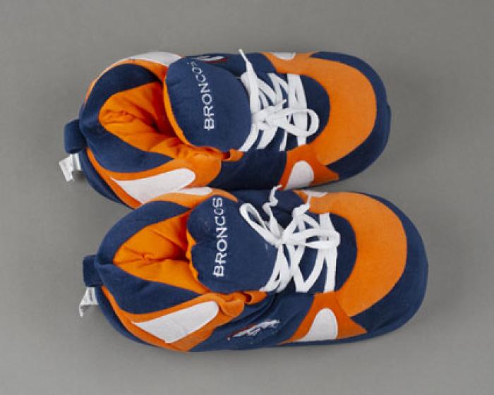 Denver Broncos Slippers 4