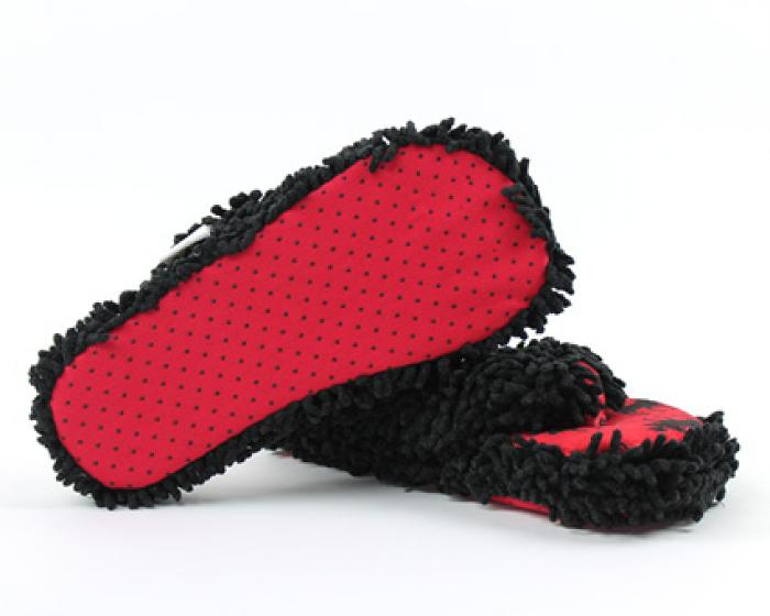 Classic Red Moose Spa Slippers 3